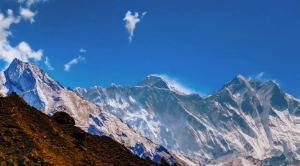 El Everest se desplaza 3 centímetros al suroeste debido al terremoto de Nepal