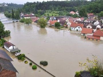 Curso de Análisis y Gestión de riesgos por avenidas e inundaciones