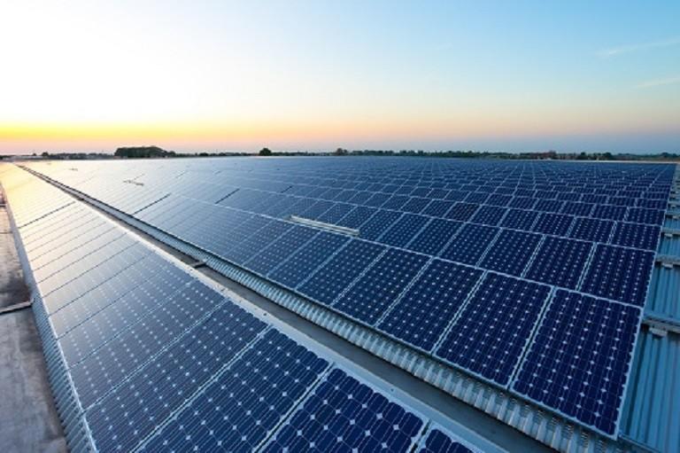 La primera planta desaladora solar del mundo estará en Arabia Saudí