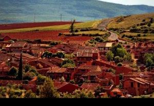Los pueblos rojos de Segovia como Lugares de Interés Geológico