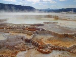 Yacimientos minerales ¿Cómo se forman los depósitos minerales y qué tipos existen?