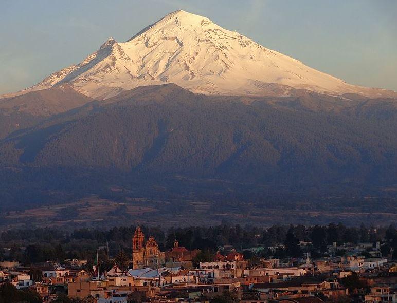 volcanes en activo y tipos de erupciones volcánicas México