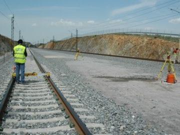 Curso de topografía aplicada a ferrocarriles