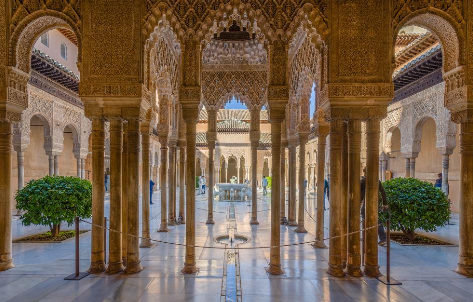 Historia y partes de la Alhambra de Granada