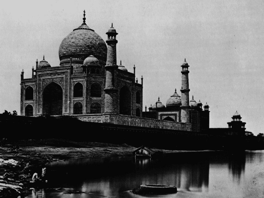 quien construyo el Taj Mahal