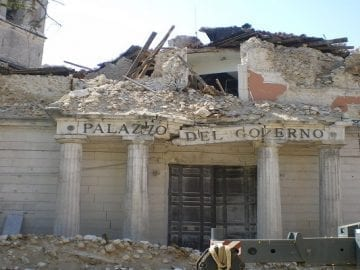 Curso básico de sismología